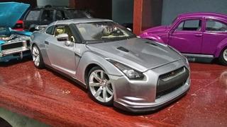 Nissan Gt-r Escala 1:24