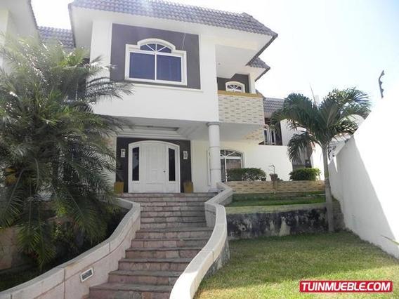 Casa En Venta Colinas De Catia La Mar Código 19-6507 Bh