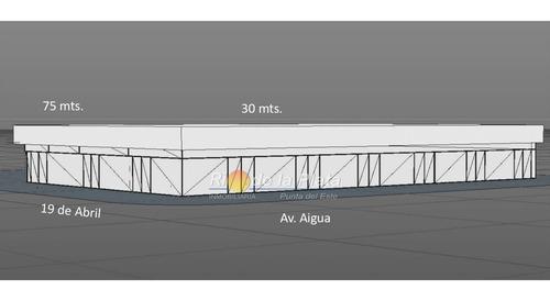 Terreno En Maldonado, Ideal Para Construir Mega Local De 1755m2 Propios- Ref: 13705