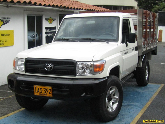 Toyota Land Cruiser Mt 4000 4x4
