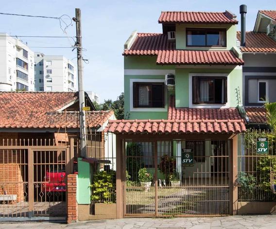 Casa Em Tristeza Com 3 Dormitórios - Lu428978