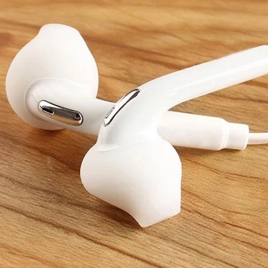 Novo Fone De Ouvido Com Conector De Áudio Padrão