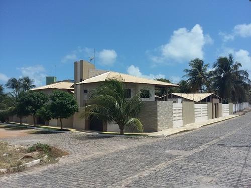 Casas A Venda Ou Locação De Temporada Em Condomínio Familiar