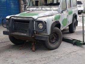 Land Rover Defender Sucata