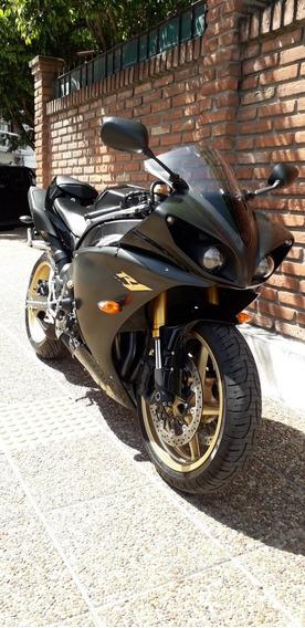 Yamaha Yzf R1 Negro Cbr R6 R 1 Permuto Qr Motors
