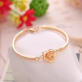 Pulseira Feminina Love Dourada Ajustável Bracelete Com Flor