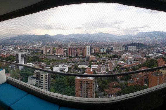 Venta Apartamento En Castropol Piso Alto Moderno