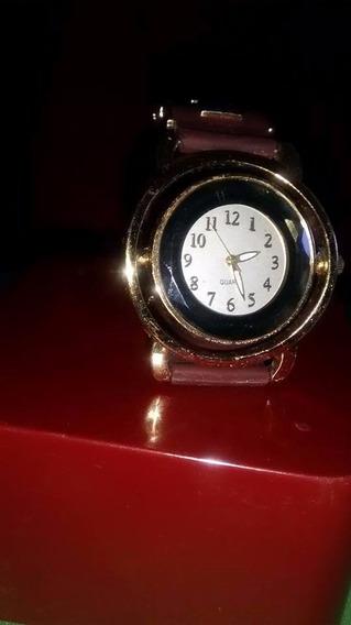 Relógio Marca:quartz Pulseira Borracha Cor Vinho Oferta