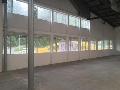 Gran Bodega Zona Industrial Villamaría Manizales