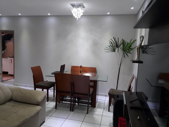 Apartamento 2 Quartos, Sala, Cozinha, 1 Banheiro