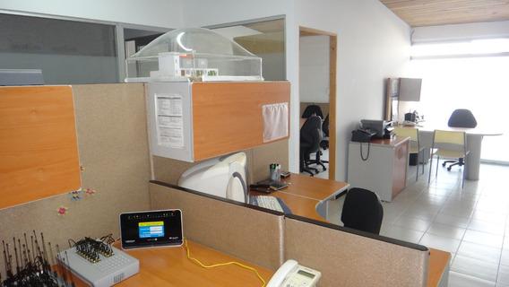 Oficina Amueblada En El Corazón De Juriquilla Frente A Uvm