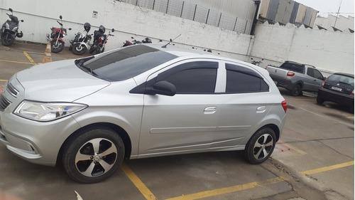 Imagem 1 de 8 de Chevrolet Onix 2014 1.0 Lt 5p
