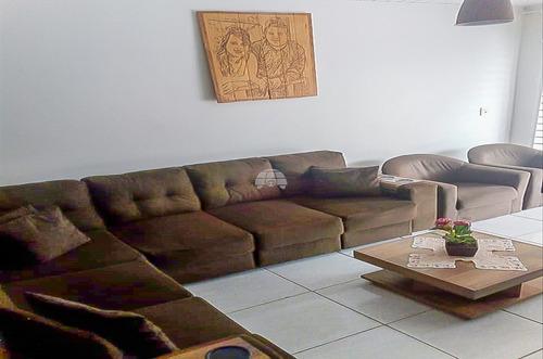Imagem 1 de 23 de Casa - Residencial - 935657