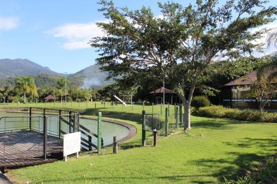 Terreno Localizado Em Condomínio Fechado: Quinta Dos Guimarães Em Santo Amaro Da Imperatriz - Te0535