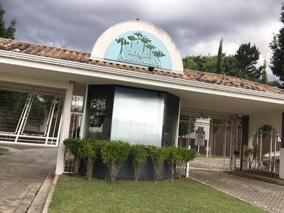Casa Com 4 Quartos Para Comprar No Country Club Em Poços De Caldas/mg - 2051
