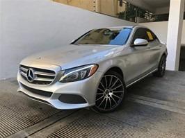 Mercedes Benz C300 2015 Full Clean 4matic