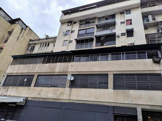 Apartamento En Venta Yp Caa 24 Mls #20-3967---04242441712