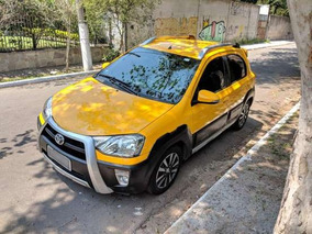 Toyota Etios Cross 1.5 16v 5p