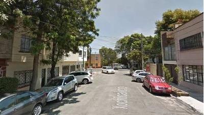 Casa En Calle Xochicalco, Col. Vertiz Narvarte.