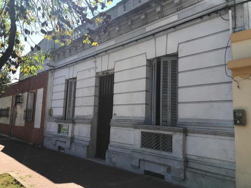 Hermosa Casa En La Mejor Zona De Capurro