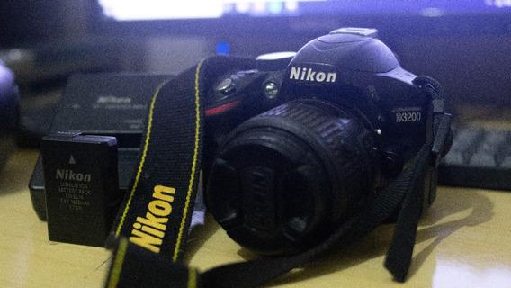 Nikon D3200 + Lente 18-55mm (usada) 11k Cliques