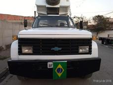 Caminhão Basculante