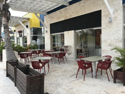 Venta De Bar / Pizzeria En La Zona Del Downtown