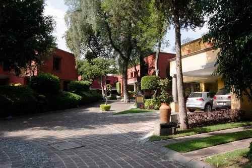 Hermosa Casa En El Centro De Tlalpan (cdmx)