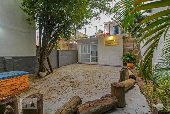 Casa Com 1 Dormitório E 1 Garagem - Id: 892961880 - 261880