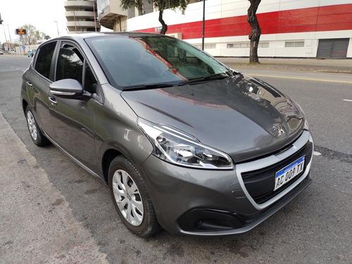 Peugeot 208 2017 1.6 Active