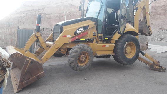 Vendo Retroescavadora Cat., 420e Año 2012 4x4,