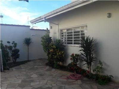 Casa Com 4 Quartos Para Comprar No Residencial São Bernardo Em Poços De Caldas/mg - 2080
