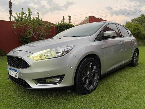 Ford Focus Se Plus Mt