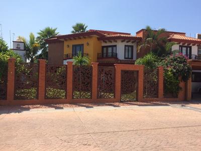 Hermosa Casa Habitación 4 Recámaras