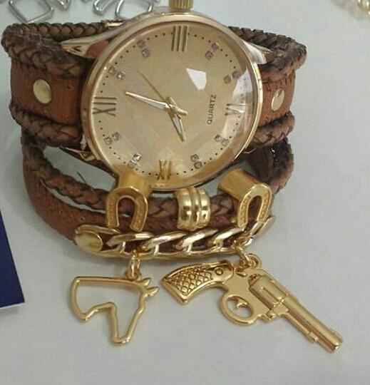 Relógio Country Banhado Pulseira De Couro Artesanal