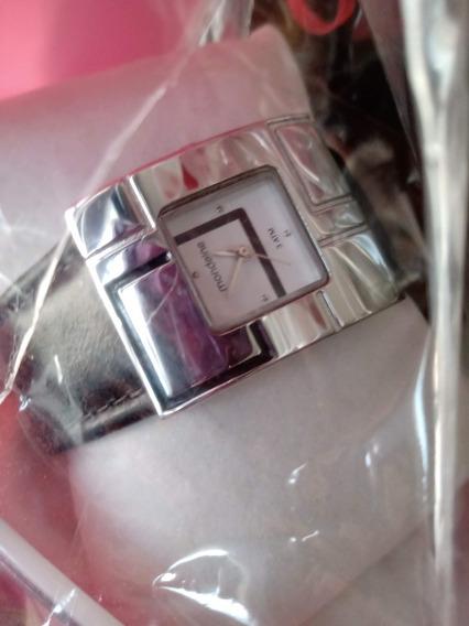 Relógio Feminino Mondaine Novo Na Caixa