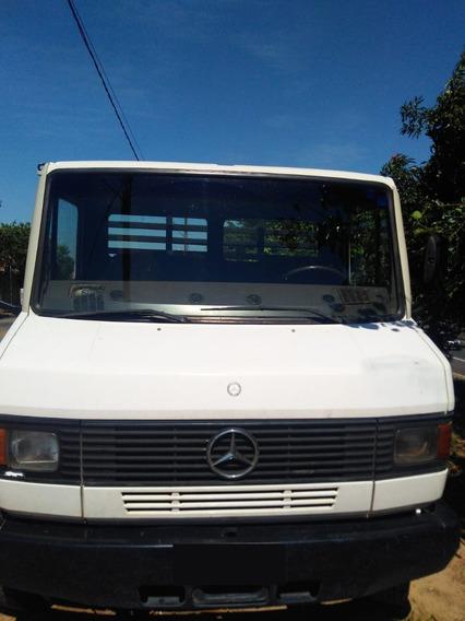 Caminhão Mb 912 4x2 Carroceria Comprimento 5 Metros Ano 1992