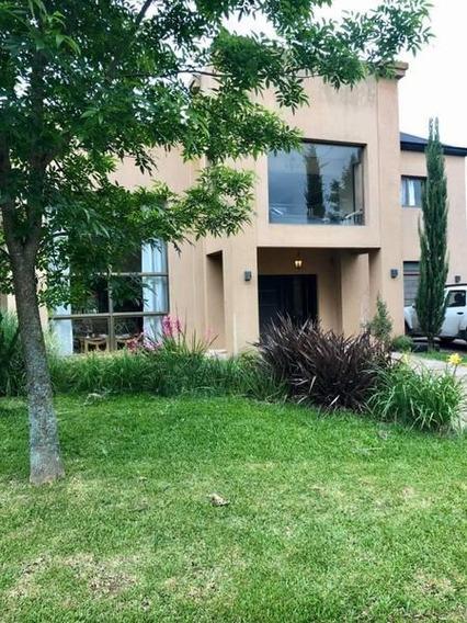 Casa 6 Ambientes En Venta En Pilar Del Este, Consulte Por Financiación