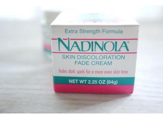 Crema Blanqueadora Hidroquinona 3% Manchas Nadinola 64gr