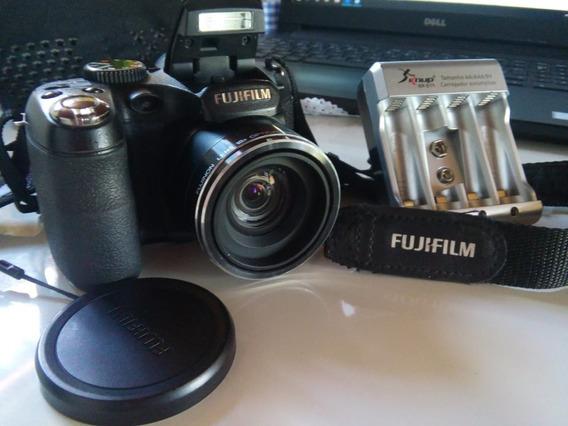 Câmera Fotofrafica Fujifilm Semi Profissional