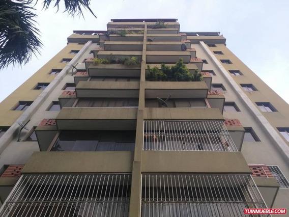 Apartamento En Venta La Soledad. Jg. Flex: 19-7928