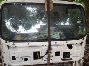 Cabine De Caminhão Isuzu 300 Em Bom Estado