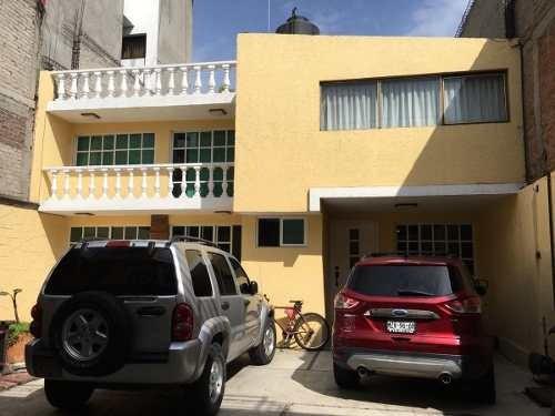 Casa En Calzada Del Hueso, Cdmx