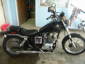 Moto En Perfectas Condiciones Clasica Rebel