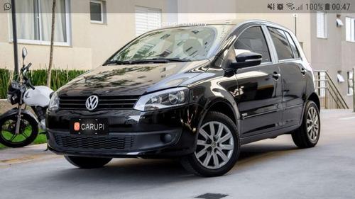 Imagem 1 de 10 de Volkswagen Fox 2014 1.6 Vht Trend Total Flex 5p