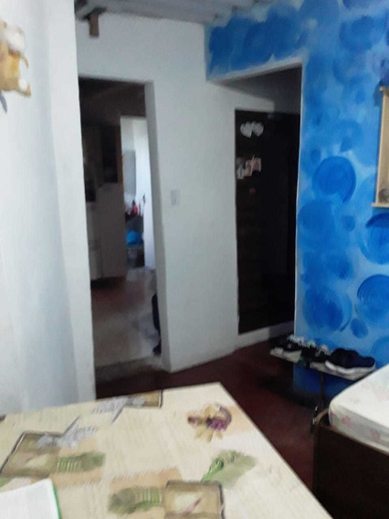 Casa 2 Quartos Cozinha , Banheiro, Área De Serviço Casa Viel
