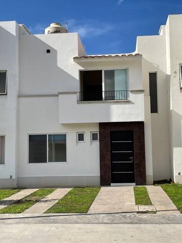 Imagen 1 de 23 de Casa En Renta Puerta Piedra