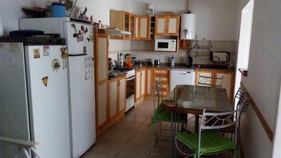 Dueño Vende Excelente Casa De 3 Dormitorios, 2 Baños Garage
