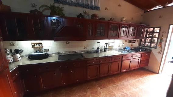 Casas En Venta En Zona Oeste De Barquisimeto, Lara Rg