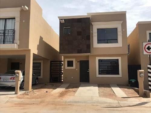 Casa Sola En Renta En Topacio Residencial, Hermosillo, Sonora
